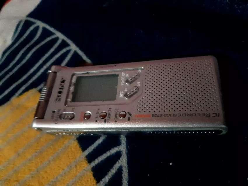 Grabador de voz Sony ICD 0