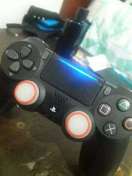 Mando PS4 en perfectas condiciones