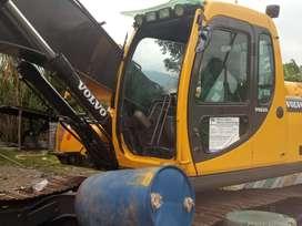 Excavadora volvo 210