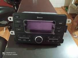 Vendo radio casi nuevo para sandero o logan