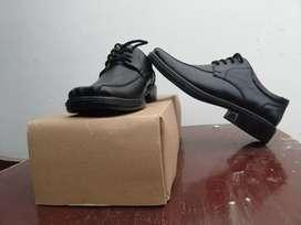 Zapatos formales talla 39 nuevos