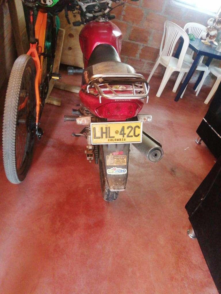 Vendo Moto Honda 0
