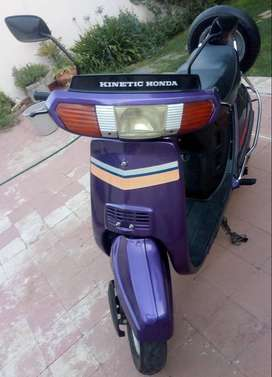 MOTO SCOOTER HONDA 100 IMPECABLE