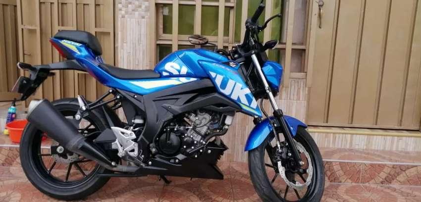Se vende moto GSX-S150 en excelente estado 0