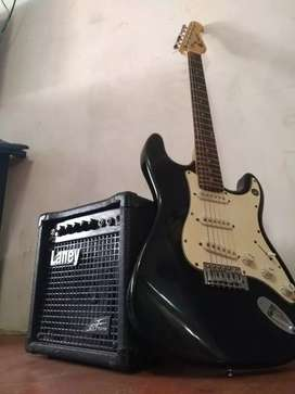 Guitarra electrica Stratocaster marca Storm (Made in USA)