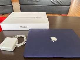 """Macbook air 13"""" 2015 128gb estado solido"""