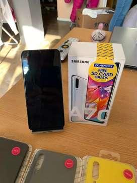 Samsung a70 libre como nuevo