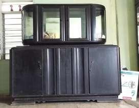 Se Vende vitrina antigua hecho en madera Caoba