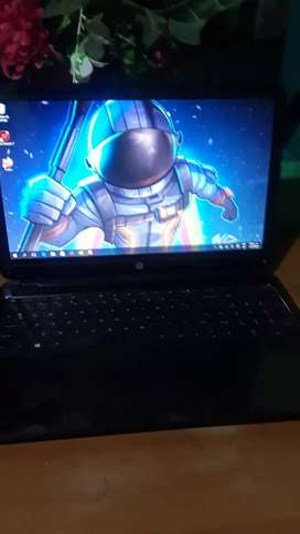 Vendo laptop HP táctil full hd AMD A4