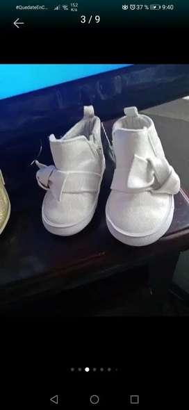 Zapatos botas blancas