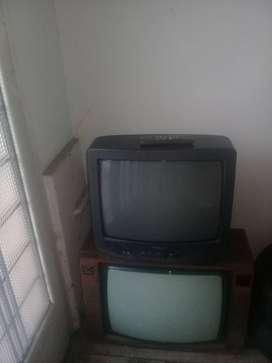 Seis televisores para repuestos