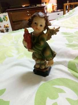 Vendo o cambio ángel decorativo con vela