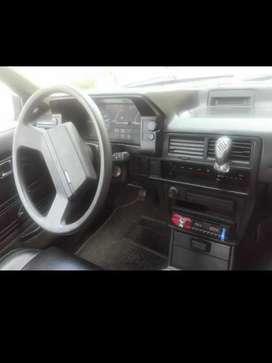 Vendo Mazda 323 inyección