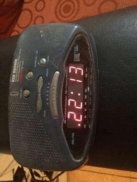 Reloj despertador/radio