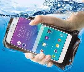 Funda acuatica para celular de 15 x 18cm