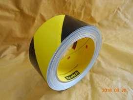 5702 Cinta Demarcatoria Amarilla Negra 2 X 36 Yds MARCA 3M