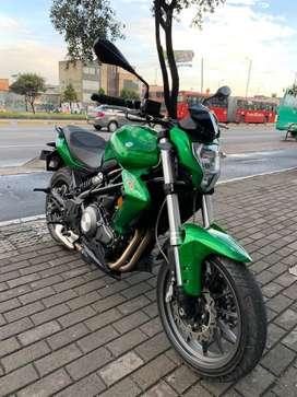 Benelli tnt 300 permuto por carro o moto de menor o mayor valor
