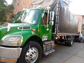 Vendo ermoso camión freightliner 2009r