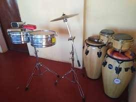 Venta de instrumentos de percusion. Congas, timbales,bongo y cencerro
