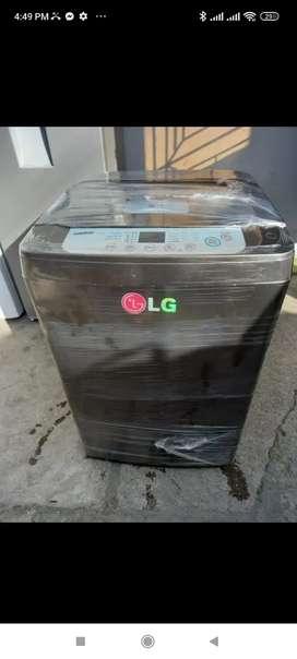 Lavadora LG de 18 lb