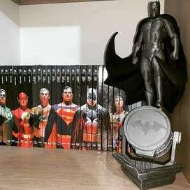 Esculturas super héroes