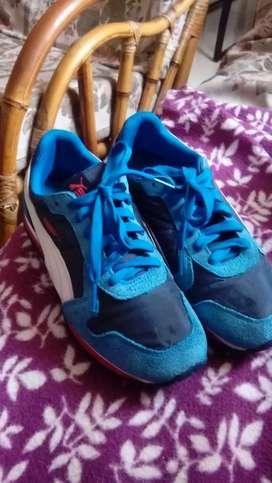 Lindos zapatos puma talla 35