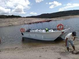 Lancha tracker pasajeros tipo catamaran