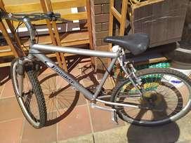 Se vende bicicleta 'Hammer' económica, de segunda