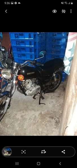 Se vende moto suzuki $ 1.200  al día  sin multas