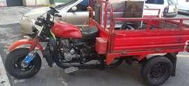 Se vende o se cambia motocarguero