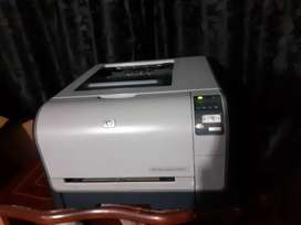Impresora color laser HP  cp1515n