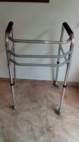 caminador adulto aluminio con rodachines