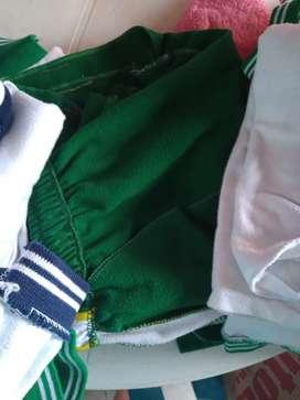 Se vende uniforme de María Cristina
