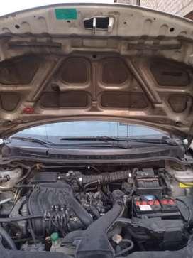 Vendo Nissan Tiida 2013 GNV