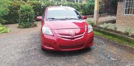 Se vende toyota yaris negociable