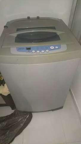 Se vende lavadora samsung digital