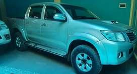 Toyota hilux 2014srv