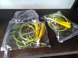 Cuerda de Saltar con cable de Acero Ajustable y Mango PVC