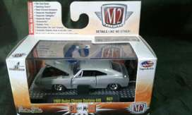 Dodge Charger Daytona 1:64 Nuevo