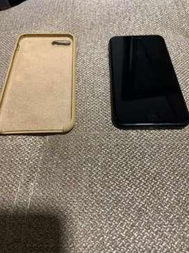 iPhone 7 128 Gb con cargador y case