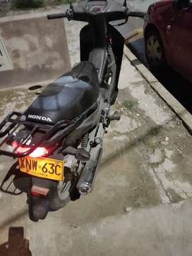 Moto Honda Wave 100 modelo 2012 único dueña