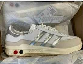 Tenis Adidas Galaxy tres tornillos clasicos de los 80's