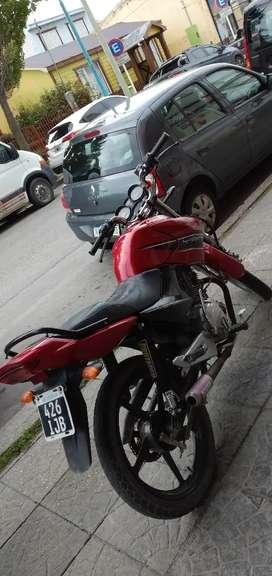 Vendo yamaha ybr 125 cc mod 2012 14 mil km