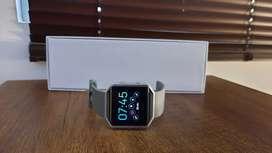 Monitor fitbit smart watch