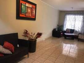Alquiler casa en Manta en urbanización privada a dos minutos del paseo shooping