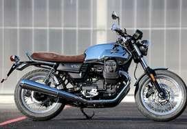 Moto Guzzi V7 - Aniversario