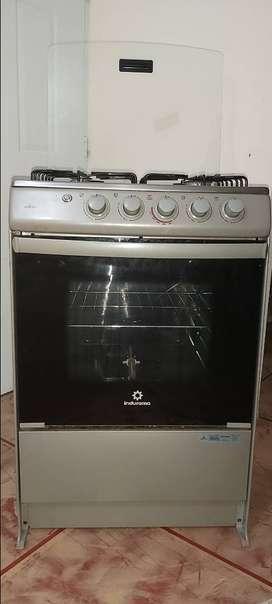 Cocina 4 hornillas casi Nueva