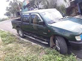 Chevrolet luv doble cabina en perfecto estado