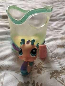 Hasbro Littlest Pet Shop - Caballo de mar con acuario y comida