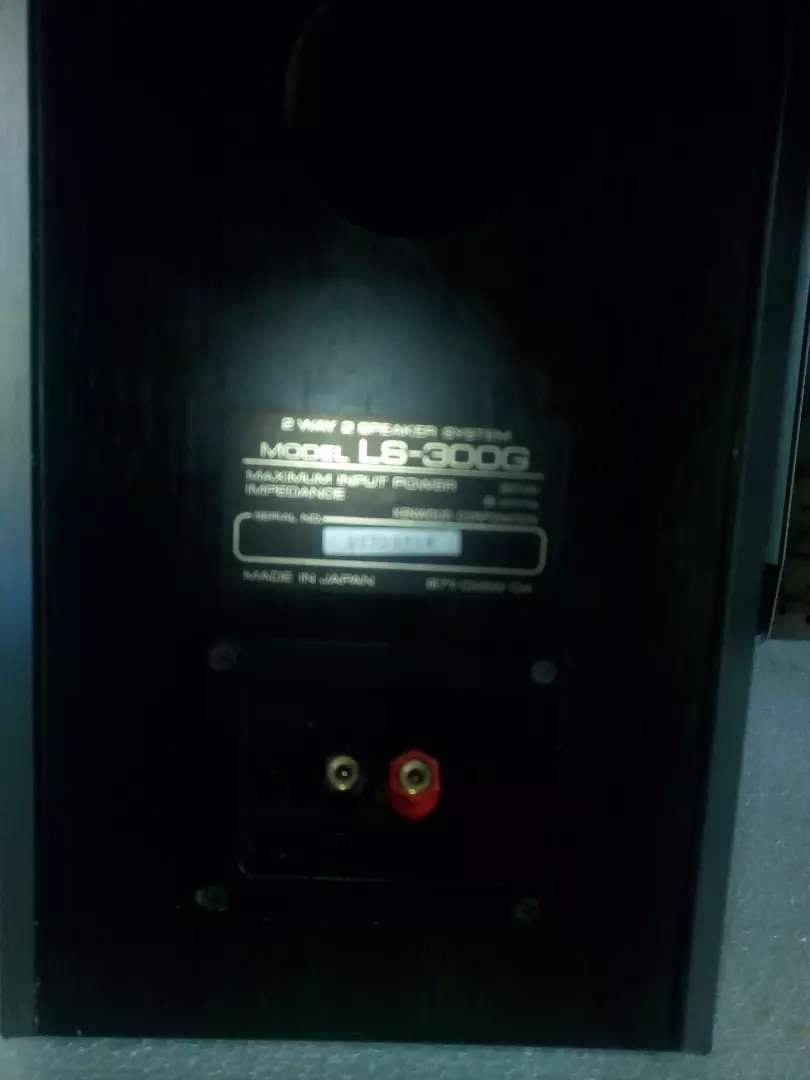 Monitores tipo pesados Kenwood 0